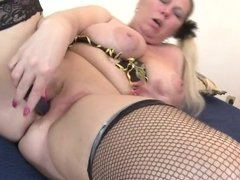 Enormous breasted BBW playing with her pussy