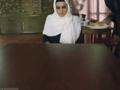 Translation arab mom Hungry Woman Gets Food