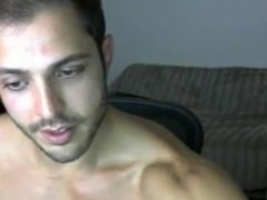 Handsome Muscle Hunk Cum on Webcam