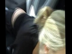 Hot blonbe babe doing blowjob and cumshot in the car