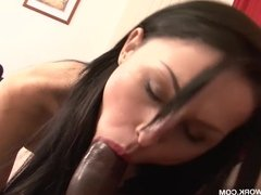 Cum Licking Milf Casting For Interracial Porn gets fucked