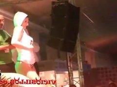 Amanda X y Brenda Boop con la pornoband