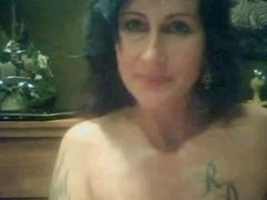 webcamfun Milf with tattoo shows shaven pussy