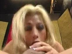 Blonde sucking and taste cum