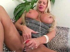 Hot MILF Sasha Toys Her Quim