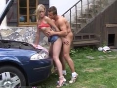 Asia carrera blowjob Forget your car problems after sex