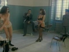 Laetitia Bisset desnudo frontal completo...