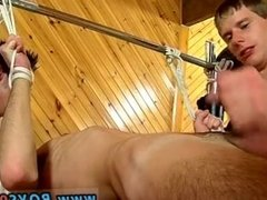 Hot gay fetish tgp xxx He gets some chisel from both, deepthroating them