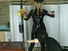 Loser fuck Mistress's pussy - slave humiliation
