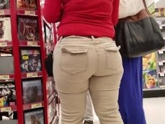 Thick Brunett Worker at the Mall