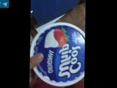 Man finds a trik to eat and guzzl came with fook!!! Must watch!!