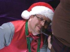 ROB BROWN: A CREAMY CHRISTMAS CLIP 1