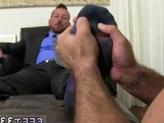 Just naked male legs gay xxx Hugh Hunter Worshiped Until He Cums