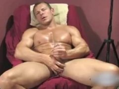 Muscle Hunk Chance Solo