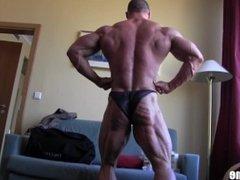 Ripped Veiny German Bodybuilder Posing in Hotel Room