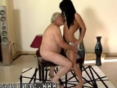 Arab mom fucks friend's daughter and her girlfriend! and blowjob my