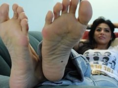 Gia's Candid Stinky Soles Part 29