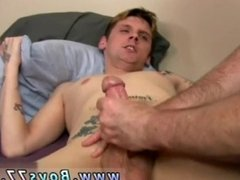 1 gay bay porn Jay had some really low stringing up huge pouch for a