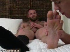 Amateur men feet photos gay Derek Parker's Socks and Feet Worshiped