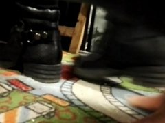 Trampling crushing candid unknown 2017 boots 01