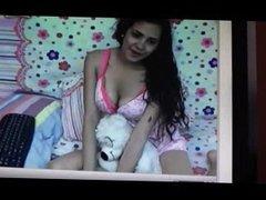 Chica mexicana de 18 se muestra y se masturba x cam 1