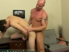 Gay sexy male model fucks his friend Mitch Vaughn is sick and tired of