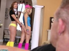 Jonny sins fucks mom and friend's daughter at school The Rave Trade