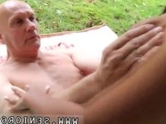 Naomi russell old daddy and old mom 60 Vivien meets Hugo in the park and
