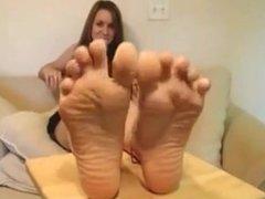 Smooth soles footgirl