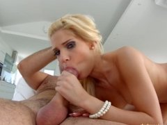 Candee Licious gets a load of messy creampie deep inside - All Internal