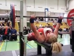 FBB Raw Bench Press 123kg World Record