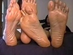 Stinky Smelly Soles (POV Foot Tease/Big Feet/Amazons)