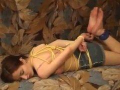 Rope hogtie Escape