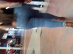 SUPER NICE! latina ass in super! tight! jeans with heels walking