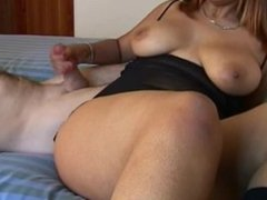 She wants to play and I can not resist and I come to natural breast
