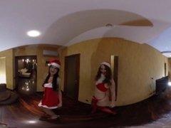 VR Porn Santa receives the best christmas present  Virtual Porn 360