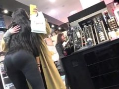 Busty hairdresser with ass in spandex