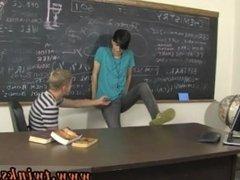 Asian gay twink gape Kayden Daniels and Jae Landen have a hefty problem,