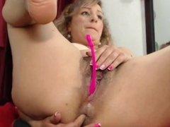 She know what men wants -www.Slut-Roulette.webcam