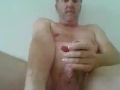 cumming for friend on cam