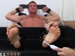 Guy shaving cock legs gay porn videos and bow legged naked men Ricky and