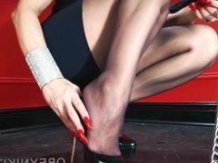 High heels slave 2