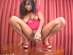 Roxy Ray Can't Stop Squirting On The Table