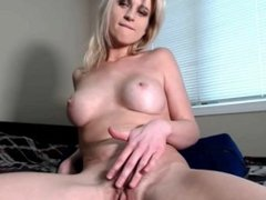 Beautiful MILF plays with her big pussy lips