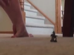 Giantess Jessica Feet Crushing