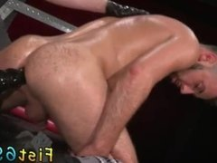 Story of guys getting fisted fucked and fisting twinks and fist fucking