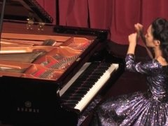 Lisa Yui Plays 4 Beethoven Sonatas_ Behind the Scenes - HD.mp4 65.08 MB Upl