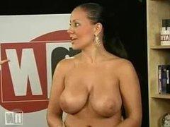 Naked News - Michelle Pantoliano