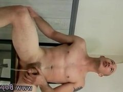 Twink boy porn videos bareback and guys with boners in their shorts