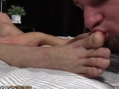 Gay love foot men and young boys rubbing feet on there dicks and hot